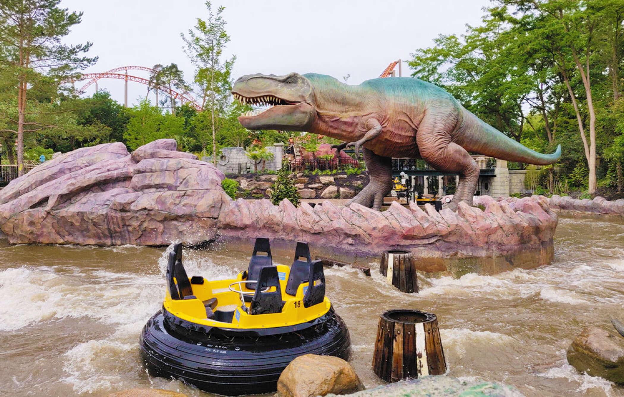 Dino splash 3