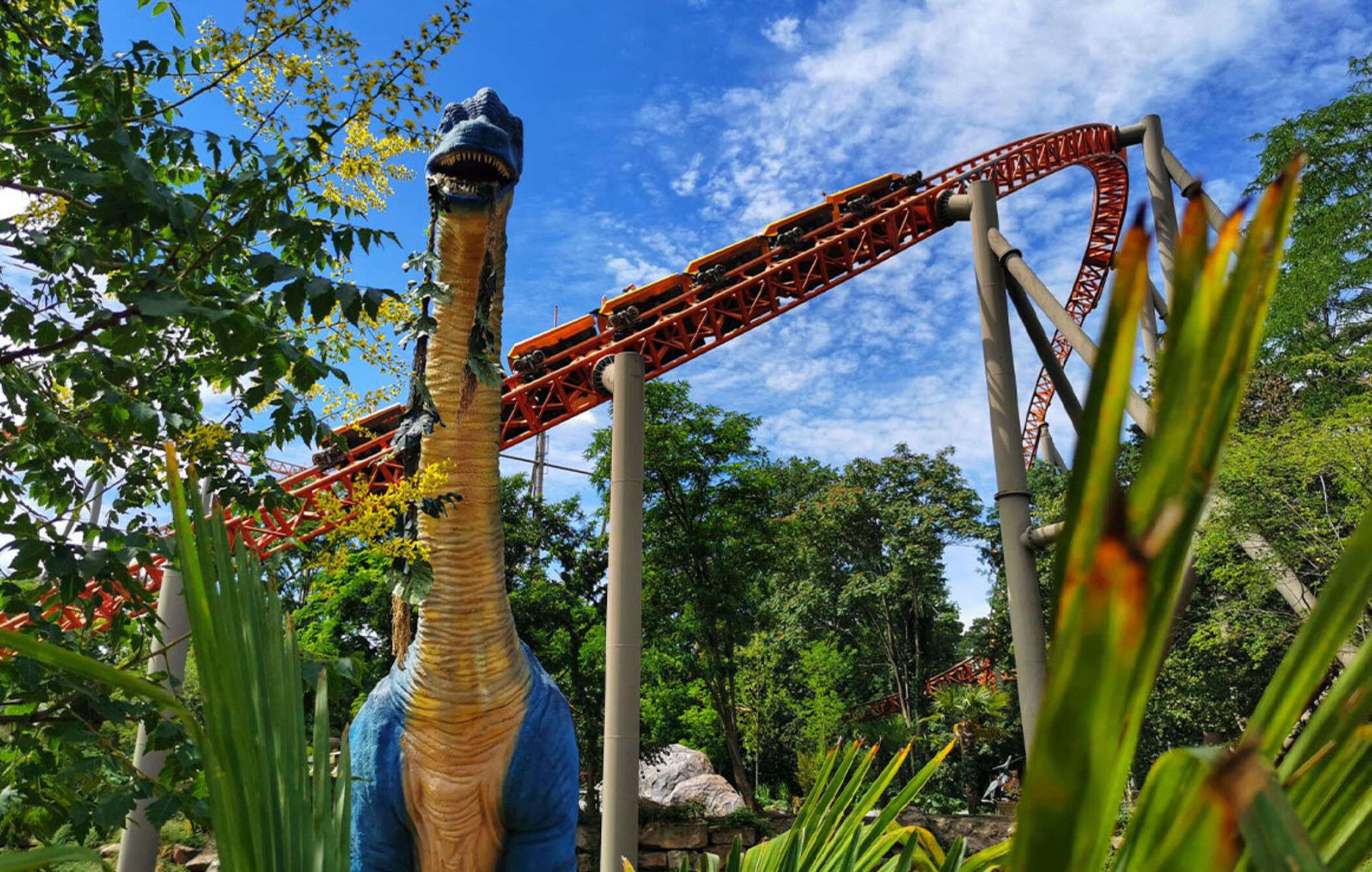 Dino splash 6