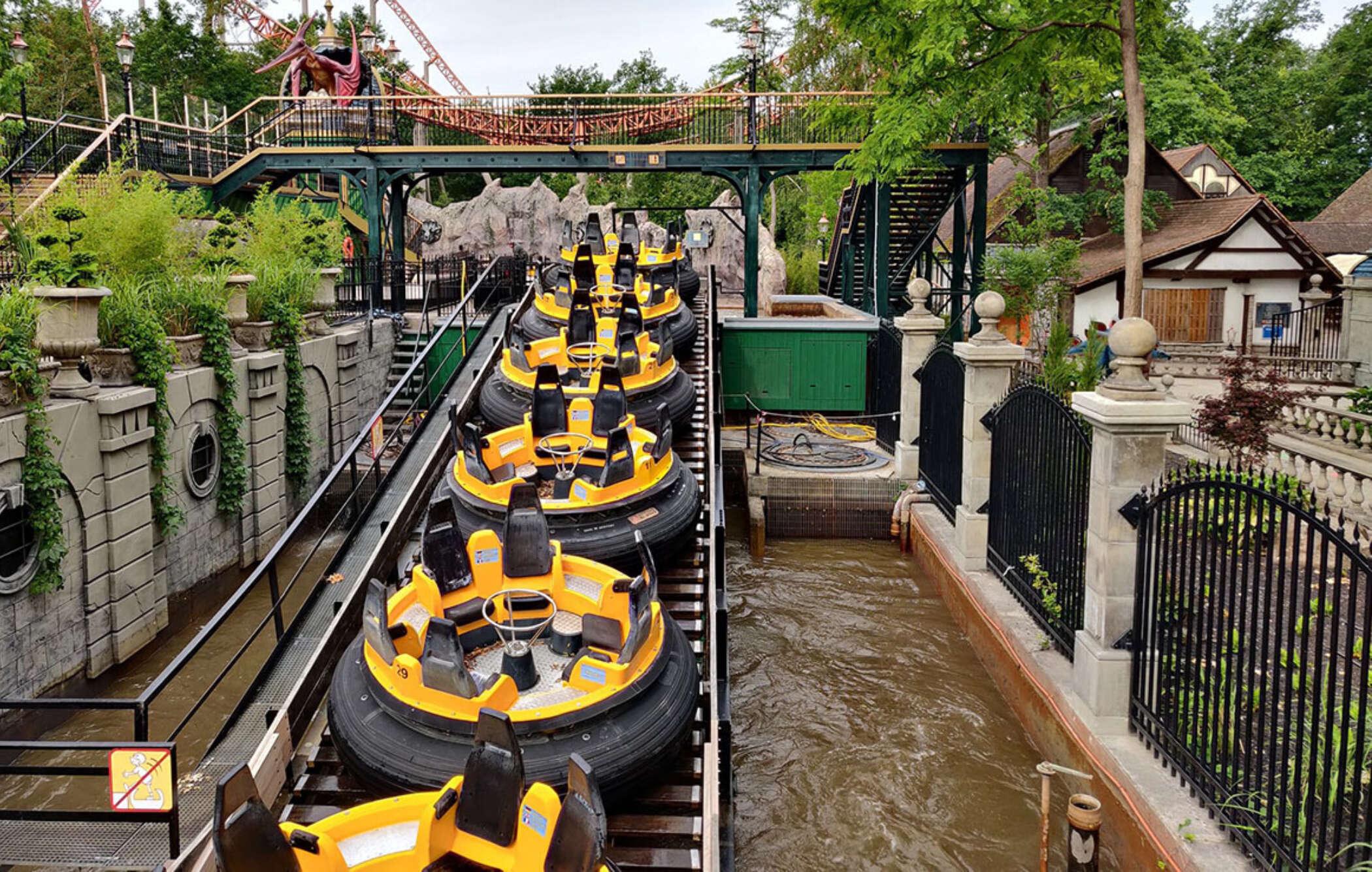 Dino splash 7